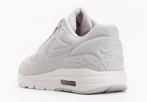 nike-air-max-1-wmns-plush-light-bone-01-620x435